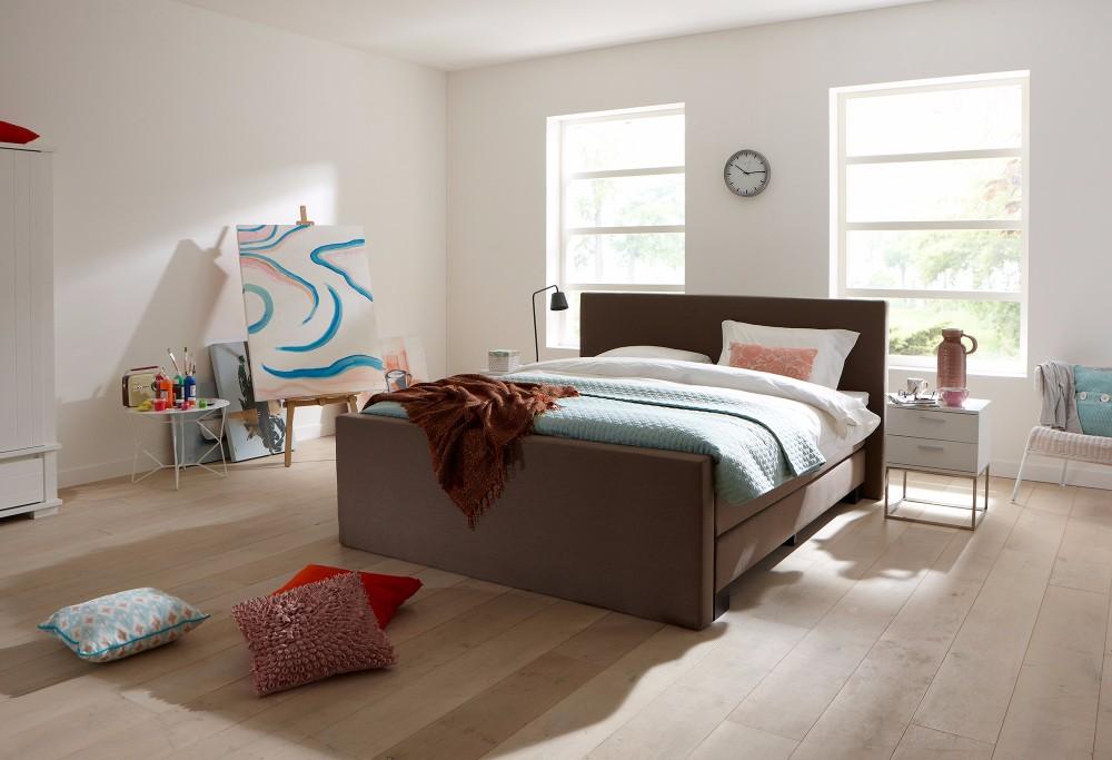 boxspring bett 140 gallery of x schwarz design bett matratze topper bettkasten with boxspring. Black Bedroom Furniture Sets. Home Design Ideas