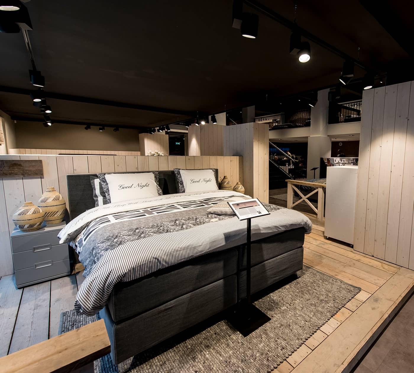boxspringbetten saarbr cken swiss sense gro e auswahl. Black Bedroom Furniture Sets. Home Design Ideas