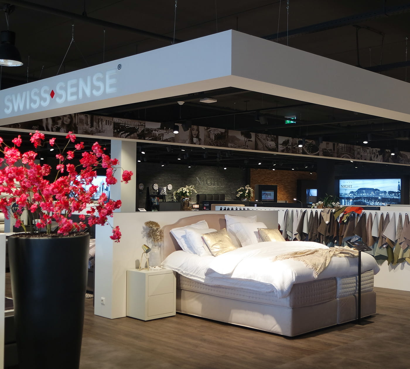 boxspringbetten und matratzen in heerlen swiss sense. Black Bedroom Furniture Sets. Home Design Ideas