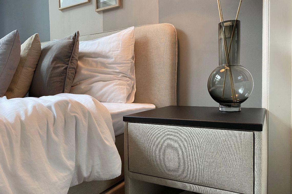 Je slaapkamer sfeervol inrichten? Interieurontwerper Klaas geeft tips!