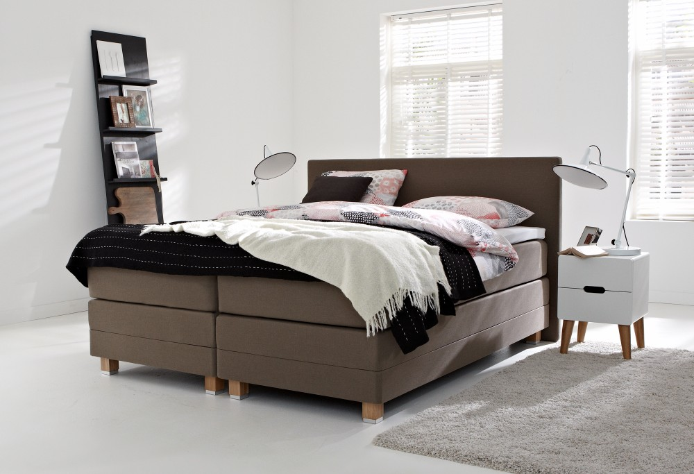 springbox bett fantastisch springbox bett schwarzes sydney gross with springbox bett cm in. Black Bedroom Furniture Sets. Home Design Ideas