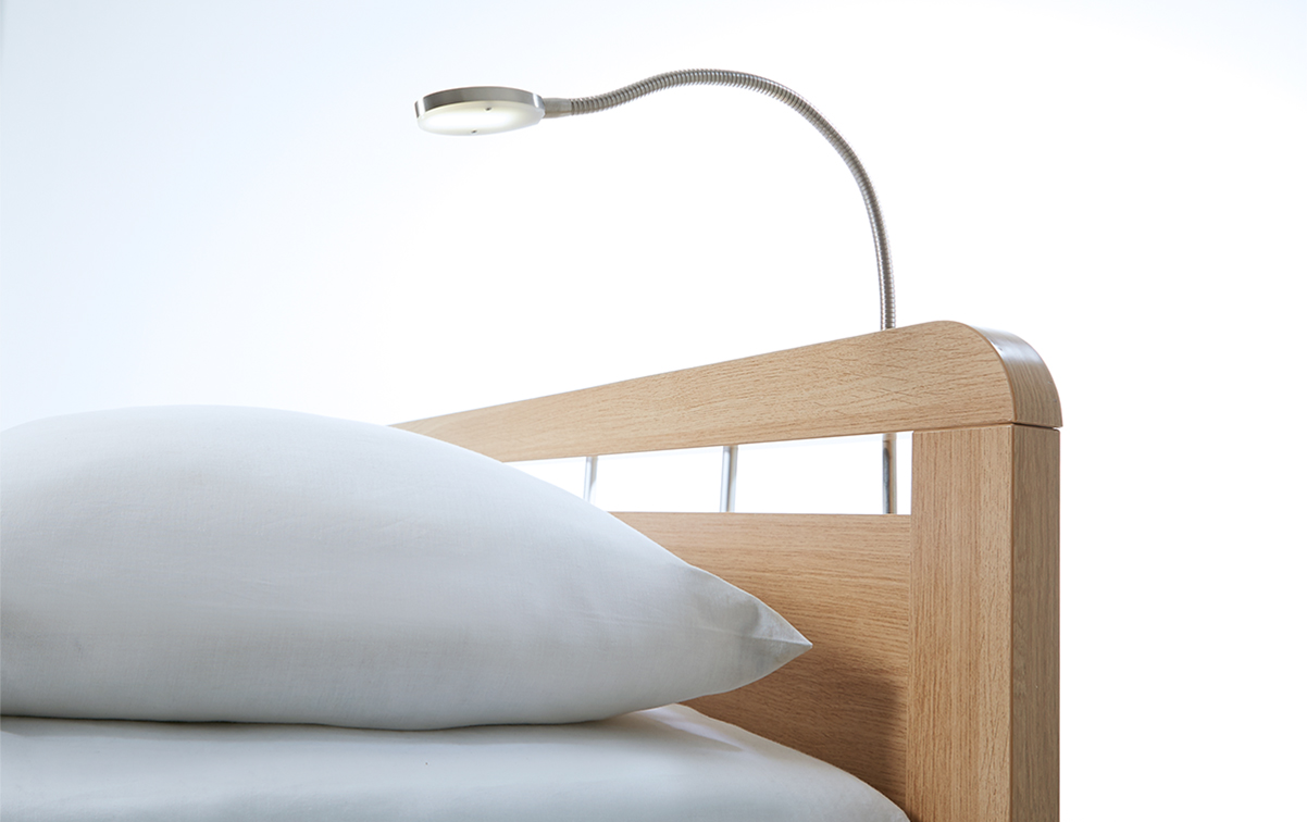 Bettleuchte Oval Mat Chrome | Swiss Sense
